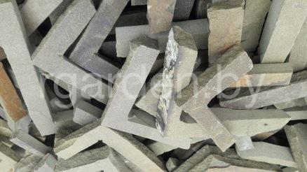 Плитка из песчаника Горбушка серо-зеленая