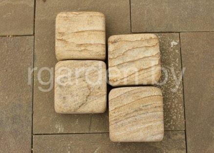 Брусчатка из песчаника Карпаты галтованная (состаренная) для мощения