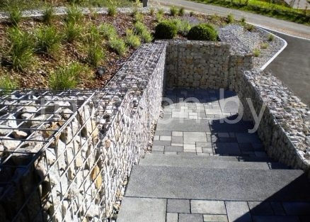 Подпорные стенки и элементы зонирования