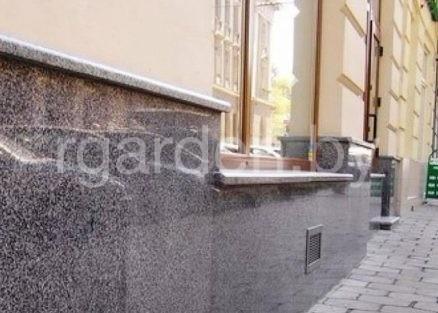 Плитка из Покостовского гранита